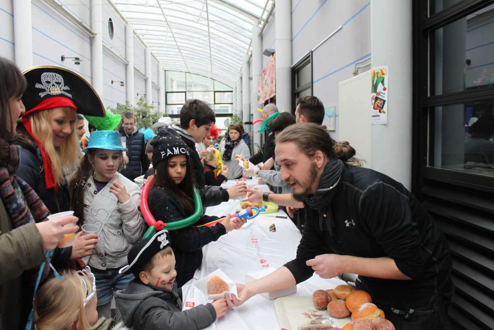 27022015 - Carnaval selection (16)
